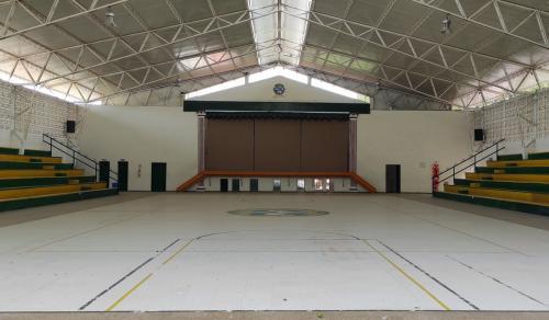 3 Coliseo Colegio SLB