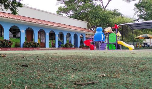 4 Parque Colegio SLB