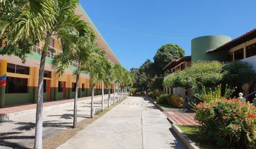 9 Colegio SLBjpg
